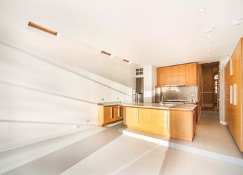 Thumbnail 5 bedroom property to rent in Niton Street, Parsons Green, Fulham
