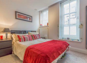 Room to rent in Token Yard, Putney SW15