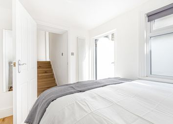 Thumbnail Flat for sale in Seagrave Road, London