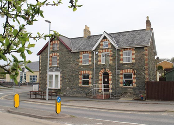 Thumbnail Pub/bar for sale in Powys LD1, Powys,