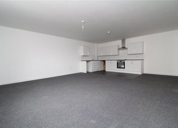 Thumbnail 2 bed flat to rent in High Street, Grantham