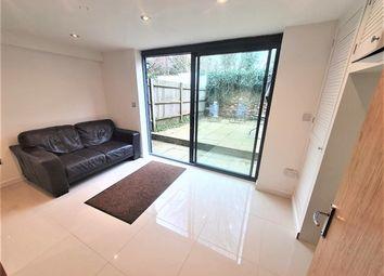 Thumbnail Studio to rent in Pallister Terrace, Roehampton Vale, London