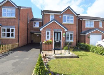 Thumbnail 4 bed link-detached house for sale in Rowan Crescent, Gee Cross, Hyde