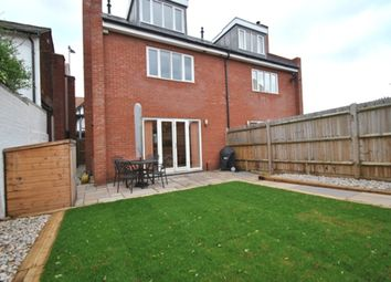 Thumbnail 3 bed town house for sale in Nightingale Road, Hitchin
