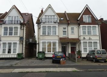 Thumbnail Studio to rent in Genesta Road, Westcliff-On-Sea