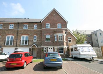 Thumbnail 5 bedroom town house to rent in Cavendish Walk, Epsom