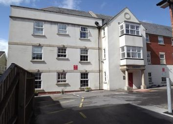 2 bed flat to rent in West Street, Axminster EX13