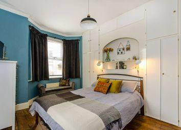 1 bed maisonette for sale in Martyr Road, Guildford GU1