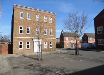 Thumbnail 2 bed flat for sale in Knightsbridge Place, Aylesbury