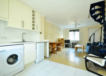 Thumbnail 2 bedroom property to rent in Francis Close, Canary Wharf