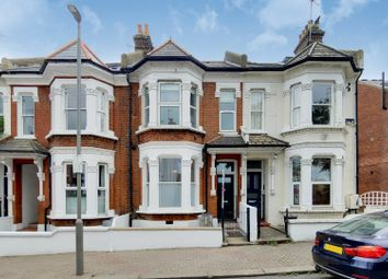 Dorothy Road, London SW11. 2 bed flat for sale