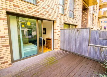 Thumbnail 4 bed flat to rent in Nelson Walk, London