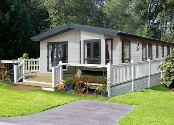 Thumbnail 2 bed mobile/park home for sale in Stonham Aspal, Suffolk