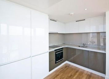 2 bed flat to rent in Landmark Building, East Tower, Canary Wharf, Westferry Circus, Canary Riverside, London, England E14