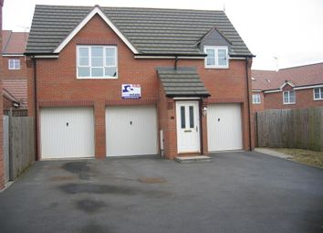 2 bed flat to rent in Sissinghurst Close, Rugby CV22