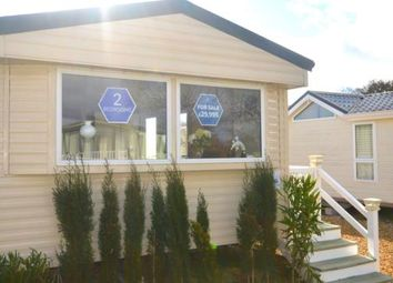2 bed mobile/park home for sale in Chilling Lane, Warsash, Hampshire SO31