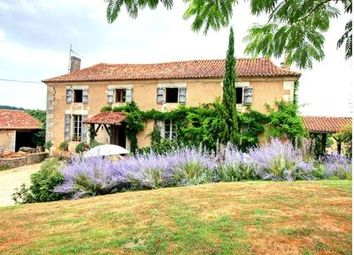 Thumbnail Farm for sale in Chavenat, Charente, France