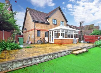 3 bed detached house for sale in Redwood Drive, Steeple View, Essex SS15