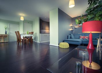 Thumbnail 1 bed flat for sale in Felstead Street, London