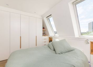 Thumbnail 3 bedroom maisonette for sale in St Marks Road, Notting Hill
