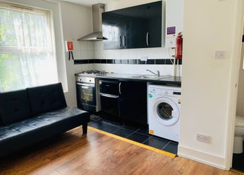 Thumbnail Studio to rent in Grange Park Road, Thornton Heath, Norbury, Croydon