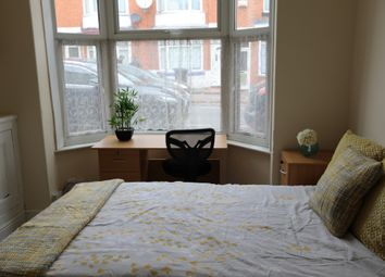Thumbnail 1 bed flat to rent in Beaconsfield Road, Leicester