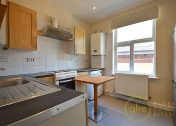 Camberwell New Road, Oval, London SE5. 1 bed flat