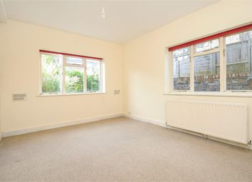 Thumbnail 2 bed flat to rent in Kinnear Road, Chiswick, London