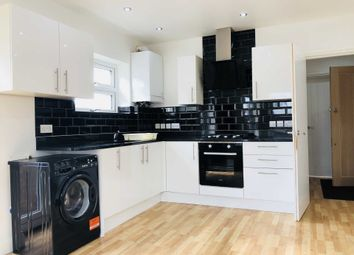 Thumbnail 1 bed flat to rent in Chapel Road, Hounslow