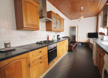 Thumbnail 6 bed terraced house to rent in Upperton Road, West End, Leicester