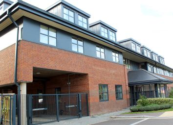 Thumbnail 1 bed flat for sale in Great North Road, Hatfield