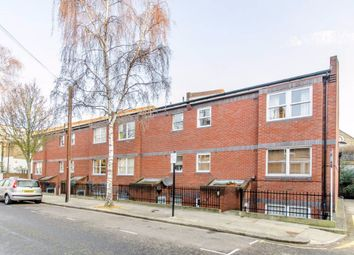 Thumbnail 2 bed flat to rent in Uverdale Road, Fulham