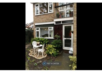 Thumbnail 1 bed flat to rent in Brooke Way, Bushey