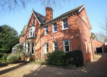 Thumbnail 2 bedroom flat to rent in Derby Road, Caversham, Reading, Berkshire