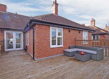 Thumbnail 2 bedroom flat to rent in Knaresborough Road, Harrogate, North Yorkshire