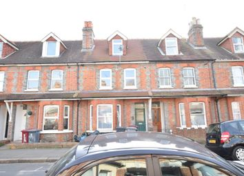 Thumbnail 3 bed flat to rent in Kensington Road, Reading