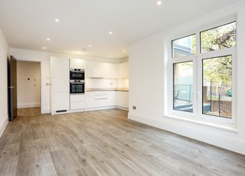 Thumbnail 1 bed flat to rent in Middleton Court, Worple Road, London