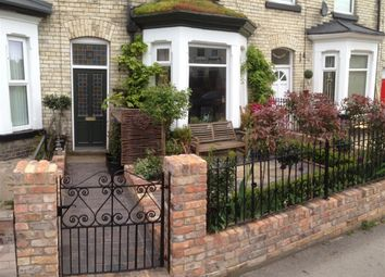 Thumbnail 6 bed terraced house for sale in Gladstone Street, Scarborough