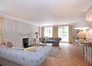 Thumbnail 4 bed flat to rent in Hampstead Heights, Fitzjohns Avenue, Hampstead, London