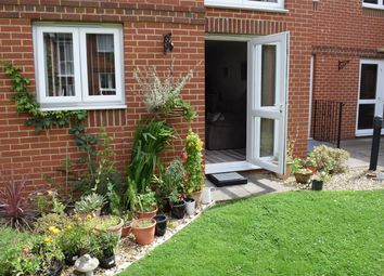 Thumbnail 1 bedroom property for sale in Yorktown Road, College Town, Sandhurst, Berkshire
