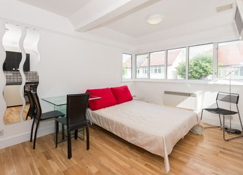 Thumbnail Studio to rent in Temple Gardens, Golders Green