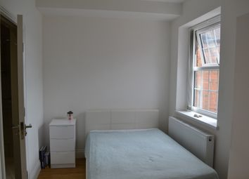 Thumbnail Studio to rent in Central Circus, London