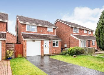 3 bed detached house for sale in Fairford Way, Bicester OX26