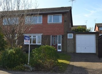 Thumbnail 3 bedroom property to rent in Ravenscroft, Harpenden