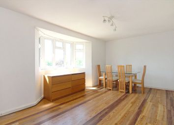 Thumbnail 2 bedroom flat to rent in Grand Drive, Raynes Park