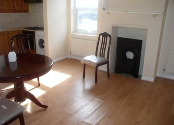 Thumbnail 3 bed flat to rent in Rye Lane, Peckham
