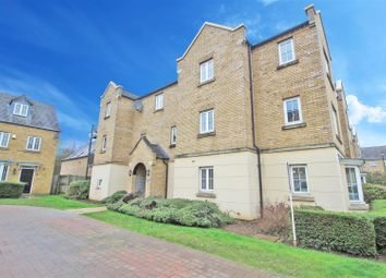 Thumbnail 1 bedroom flat for sale in Avocet Close, Rugby
