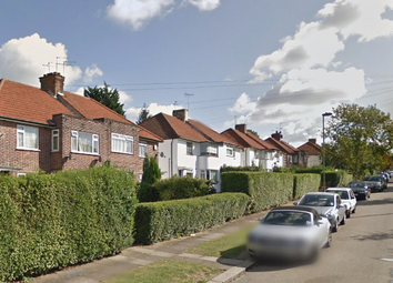 Thumbnail 1 bed flat to rent in Laleham Avenue, Edgware