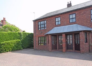 2 bed flat to rent in Beech Lane, Wilmslow SK9