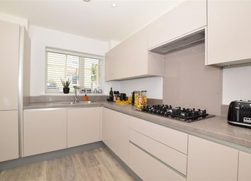 Thumbnail 3 bed town house for sale in Union Street, Maidstone, Kent